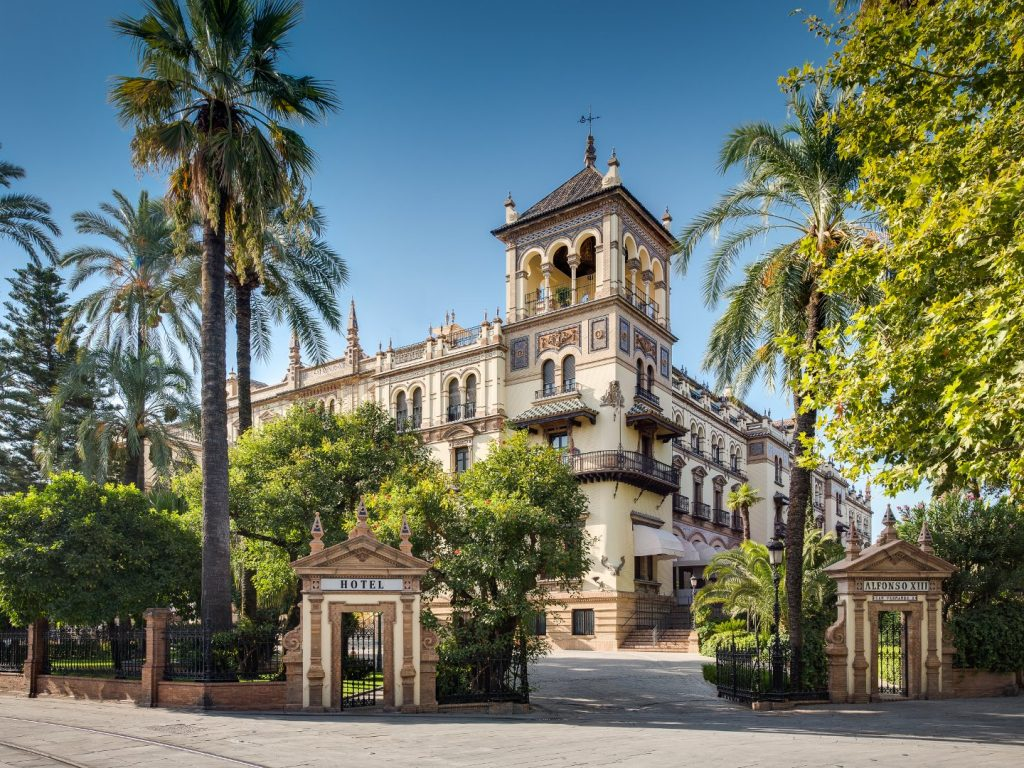 Civil ceremony at alfonso xiii hotel in sevilla - Hotel alfonso xii sevilla ...