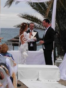 Blessing ceremony in English Spanish French Bodas Civiles Oficiant Celebrante Celebrant Hotel Guadalpin Marbella F01