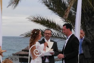 Ceremonia civil boda en la playa Marbella