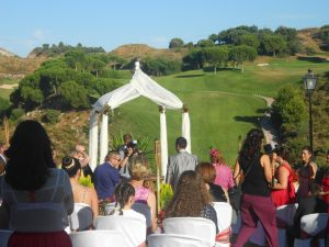 Oficiante Celebrante Boda Ceremonia Civil en hotel Alhaurín Golf Español e Inglés F02