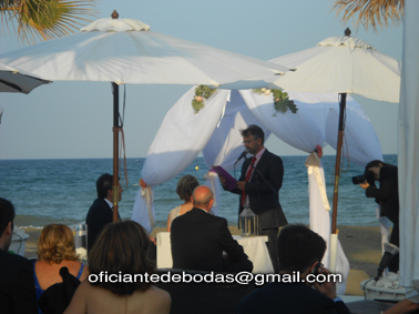 Oficiante Boda San Pedro de Alcántara blessing ceremony English Spanish French