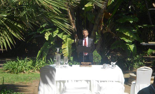 Ceremonimästare Tarifa välsignelse ceremoni engelska spanska franska