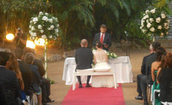 Bröllopsminister Cádiz välsignelse ceremoni engelska spanska franska