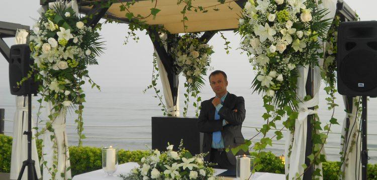 Bröllopsminister Cordoba välsignelse ceremoni engelska spanska franska