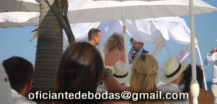 Bröllopsminister Marbella välsignelse ceremoni engelska spanska franska